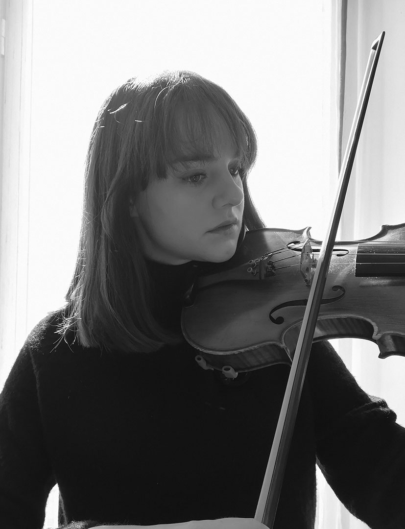 Laura-Motos-profesora-violin-mushi-madrid