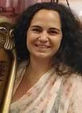 Profesora de arpa mushi Madrid